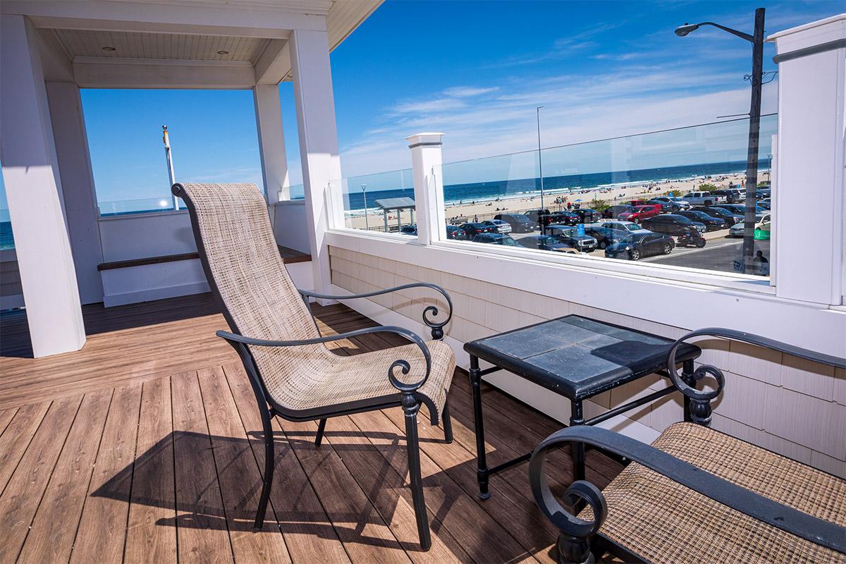 Gallery – McGuirk's Ocean View Hotel & Restaurant, Hampton Beach NH